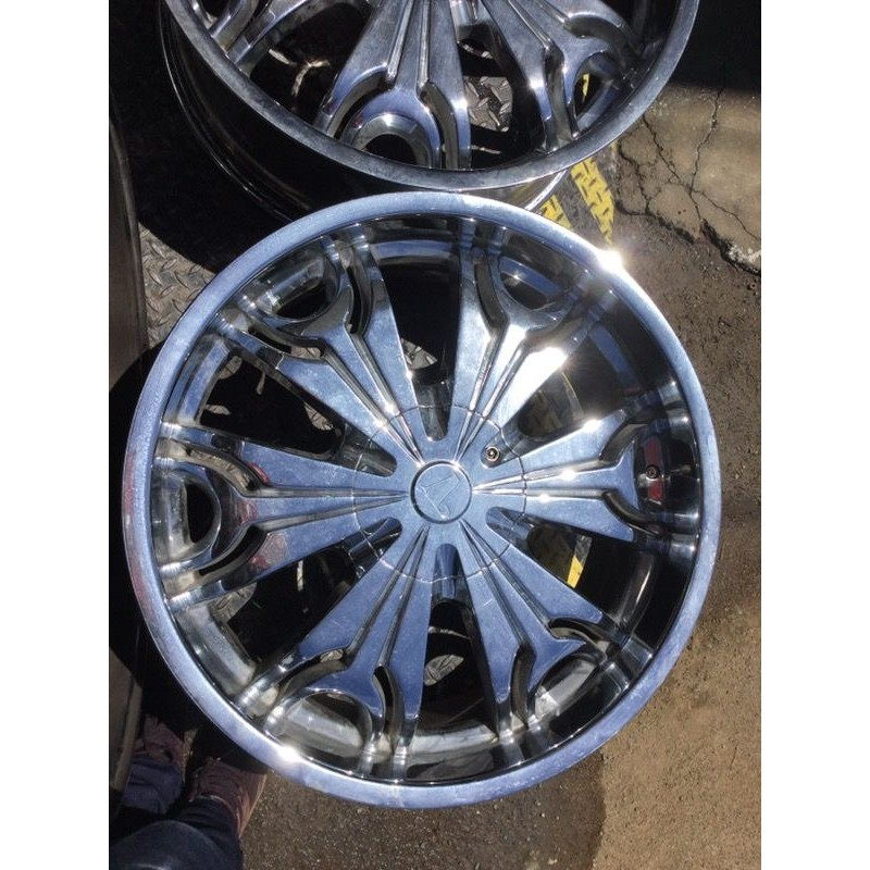 22 Quot Chrome Velocity Wheels Rims